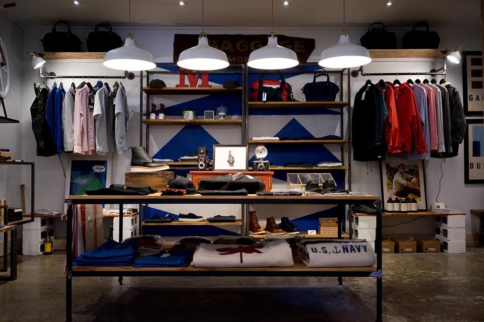 Прибыль магазина одежды, сколько можно заработать?