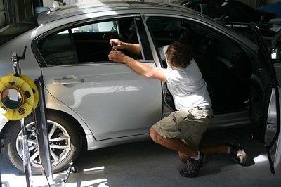 Удаление вмятин без покраски авто, как открыть бизнес